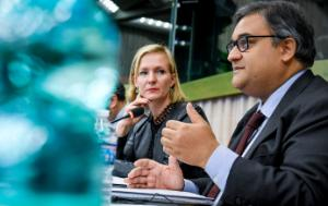 EP D-US Vice-Chair Marietje Schaake sitting in the presidium with EP LIBE committee Chair Claude Moraes