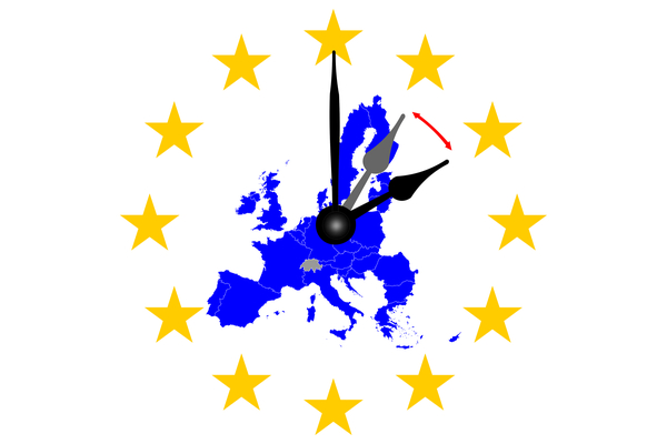 Europe clock change map of Europe with dial