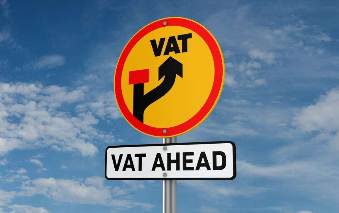 Diversion traffic sign with text VAT AHEAD