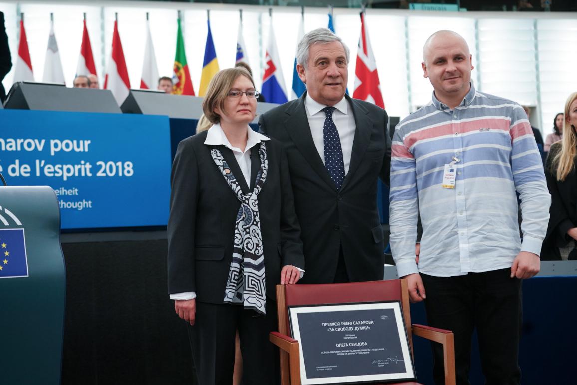 Regizorul ucrainean Oleg Sențov primește Premiul Saharov.