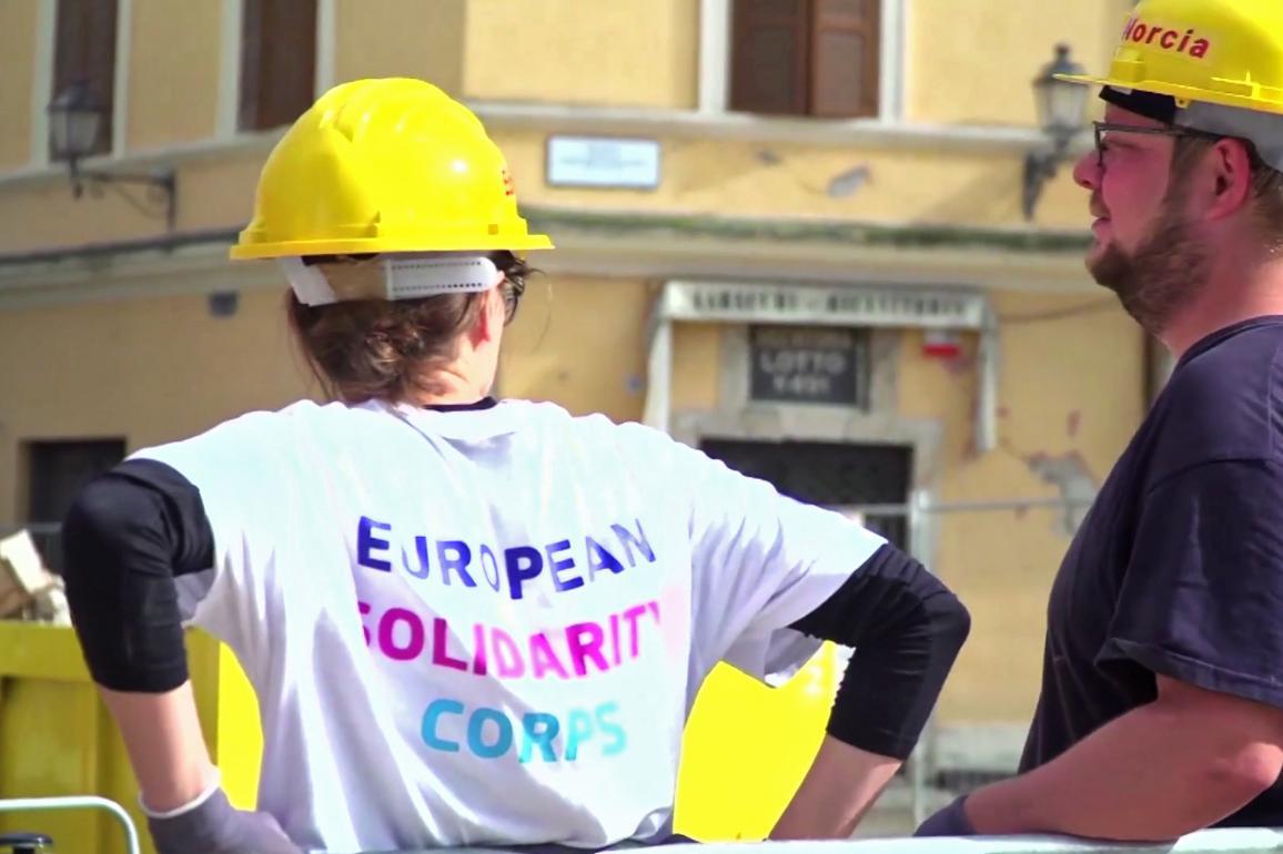 Foto betreffende het Europees Solidariteitskorps.
