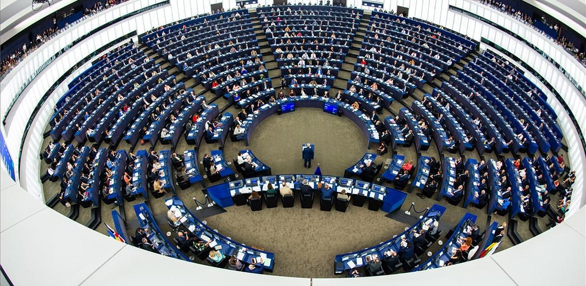 Αίθουσα ολομέλειας Ευρωπαϊκού Κοινοβουλίου.