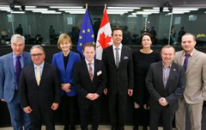 family photo 40th EU-Canada Inter-parliamentary Meeting. Co-Chairs Simms and Kölmel with Canadian MPs and MEPs