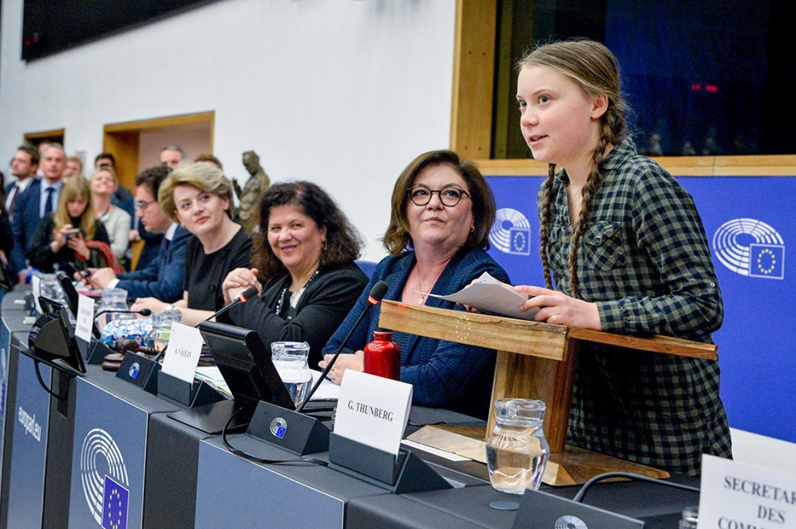 Foto: Grēta Tunberga (Greta Thunberg) Eiropas Parlamentā.