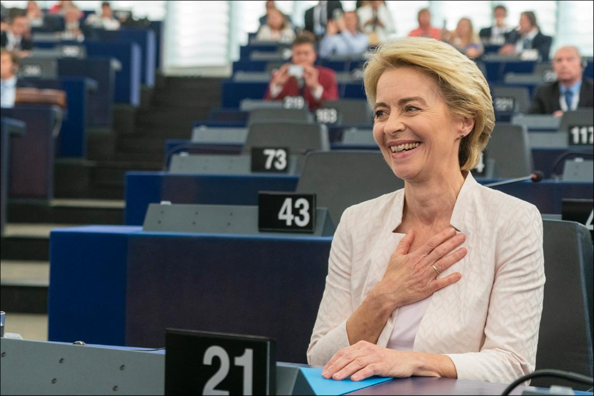 "Parliament elects Ursula von der Leyen as first female Commission President  ""CC-BY-4.0: © European Union 2019 – Source: EP"""
