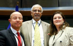centre- Mr Dinesh DHAMIJA Chair, with Vice Chair Mr Tudor CIUHODARU and 2nd Vice Chair Ms Cindy FRANSSEN