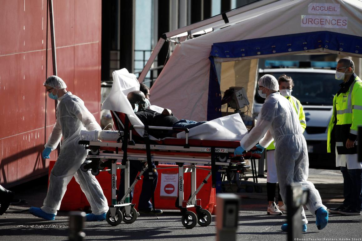 Coronavirus disease (COVID-19) outbreak in Paris ©Benoit Tessier/Reuters/Adobe Stock