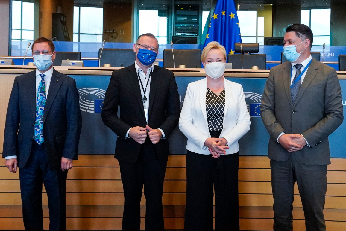 Left to right: Michael NIEJAHR, Director from DG AGRI, representing the Commission; Norbert LINS (EPP, DE), Chair of the EP Committee on Agriculture and Rural Development; Elsi KATAINEN (RE, FI), rapporteur; Nikša TKALEC, SCA Spokesperson, Head of Council Delegation