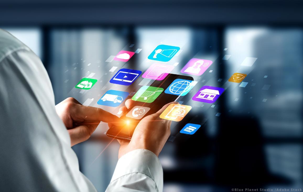 Tavat kommunikoida, tehdä ostoksia ja hankkia tietoja verkossa kehittyvät jatkuvasti ©AdobeStock/Blue Planet Studio