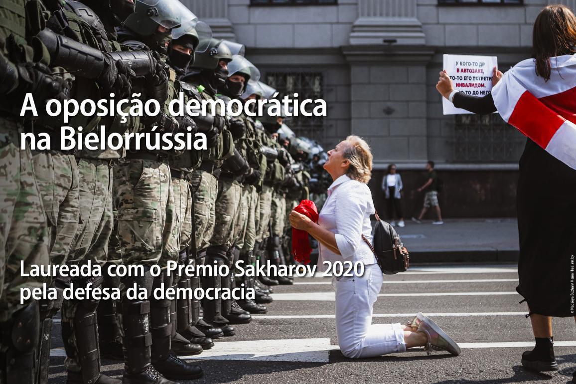 Na Bielorrússia, as forças democráticas têm protestado contra o regime cruel desde agosto. ©Nadia Buzhan/Nasha Niva