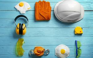 Protective gear for work (hat, gloves, glasses, masks...)