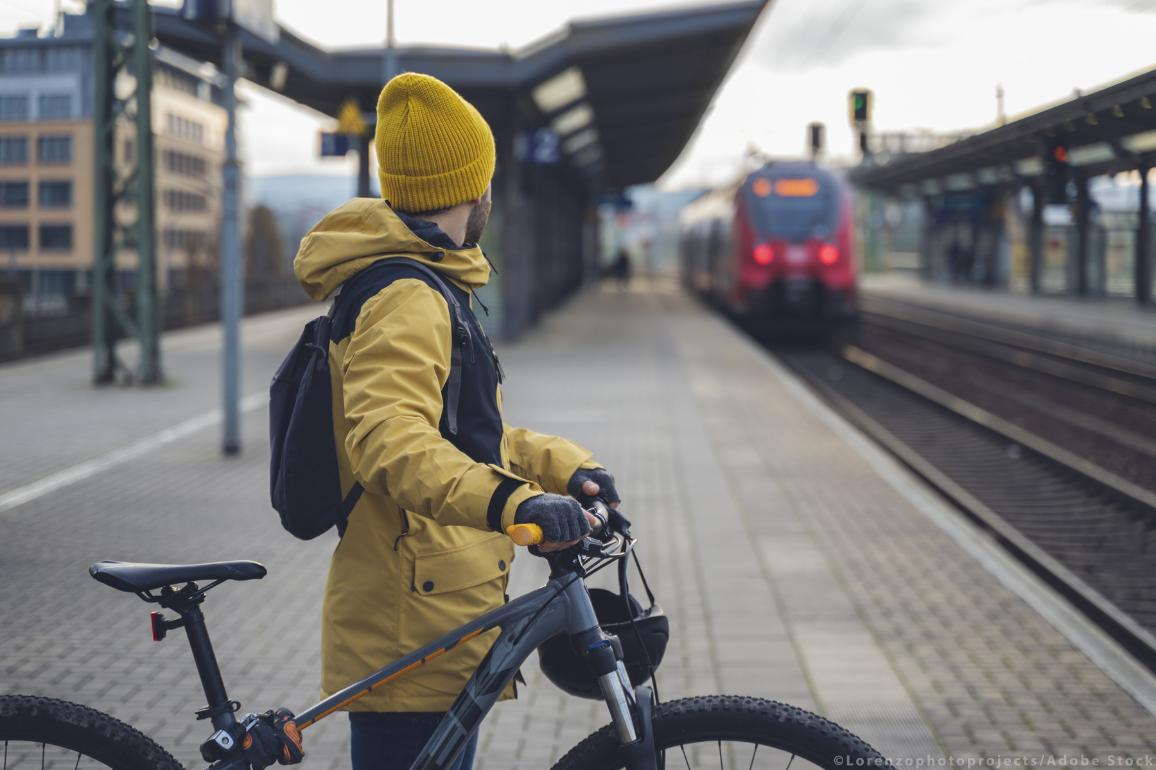 New rules will make it easier to take a bike on train journey ©AdobeStock/Lorenzophotoprojects