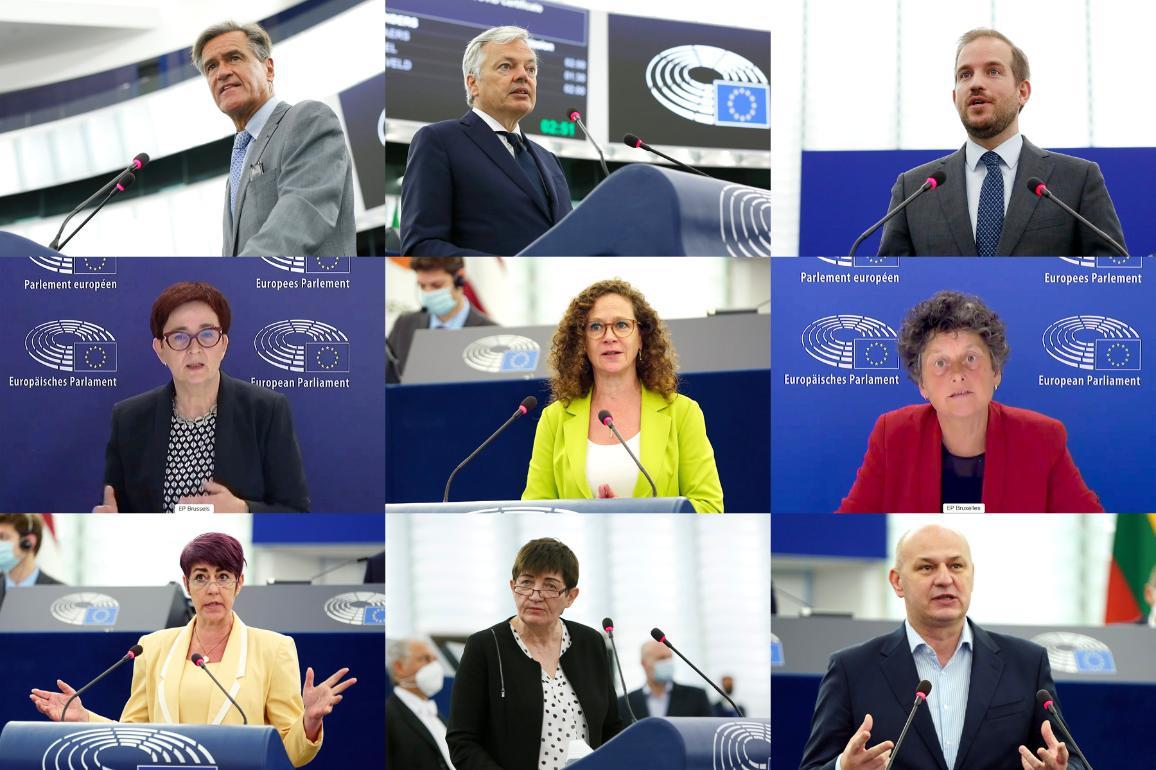 Photo des participants au débat