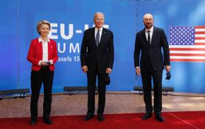 From left to right: Ursula VON DER LEYEN (President of the European Commission), Joseph BIDEN (President of the United States of America), Charles MICHEL (President of the European Council); official welcome