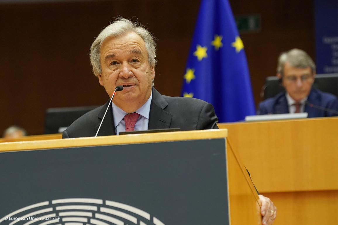 António Guterres puhui mepeille parlamentin täysistunnossa 24. kesäkuuta 2021.