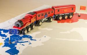 Train towards EU