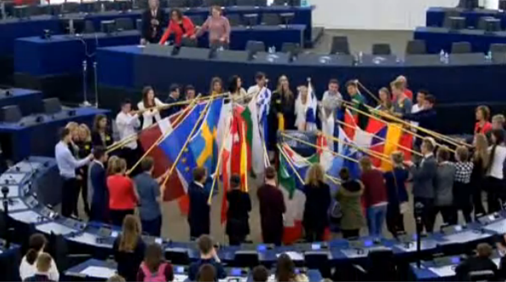 South West students Oct 2016 - flag ceremony in the European Parliament Chamber (webstreaming captured)